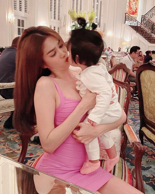Dàn cháu gái cực phẩm của sao Việt: Lan Ngọc - Ngọc Trinh khoe toàn tiểu mỹ nhân, nhà Trang Nhung có tới 2 thí sinh Hoa hậu - Ảnh 23.