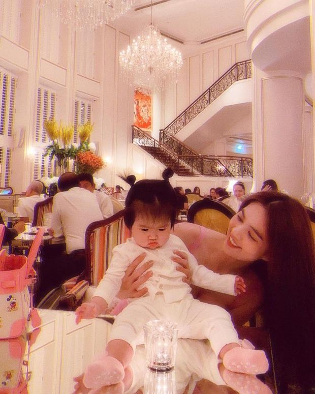 Dàn cháu gái cực phẩm của sao Việt: Lan Ngọc - Ngọc Trinh khoe toàn tiểu mỹ nhân, nhà Trang Nhung có tới 2 thí sinh Hoa hậu - Ảnh 21.