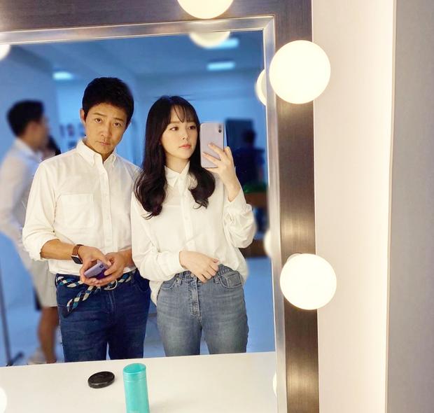 Choi Soo Jong lên top 1 Dispatch chỉ nhờ khoe ảnh bên con gái, nhan sắc ái nữ nhà tài tử Mối Tình Đầu khiến fan dậy sóng - Ảnh 2.