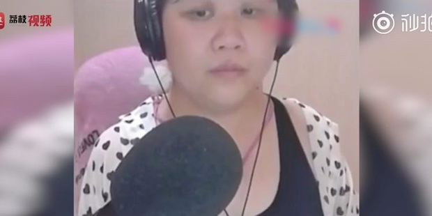 """""""Hot girl hóa bà cô"""" vì quên mở filter che mặt lúc livestream năm xưa sống thế nào sau scandal? - Ảnh 2."""