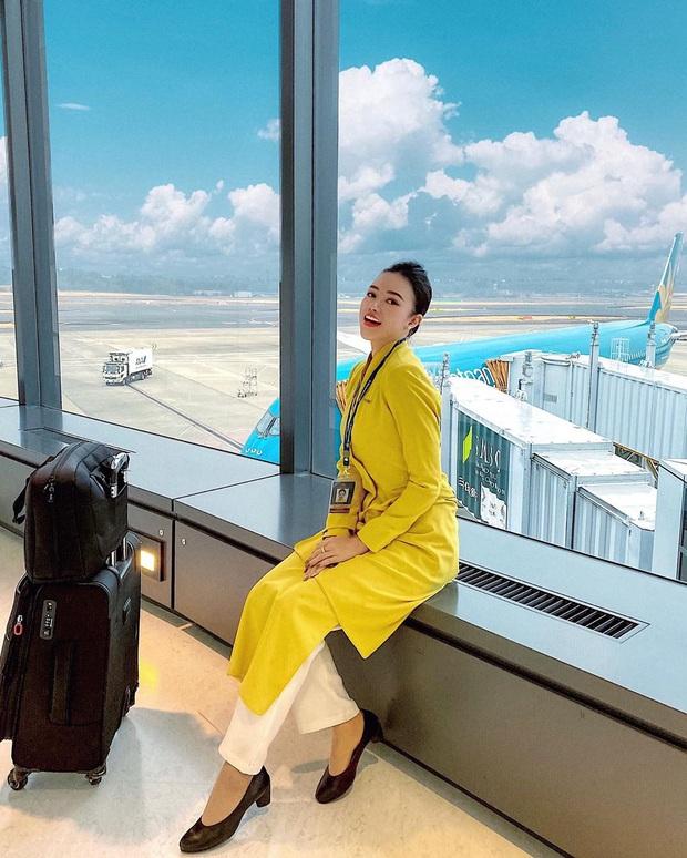Nữ tiếp viên trưởng xinh đẹp của Vietnam Airlines bật mí thu nhập thật và quá trình lên chức gắt gao  - Ảnh 1.