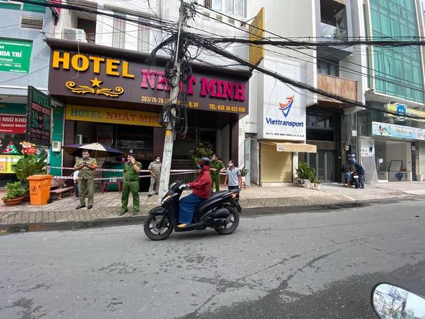 TP.HCM: Cháy khách sạn vào rạng sáng, 1 người chết, 1 người bị thương - Ảnh 1.