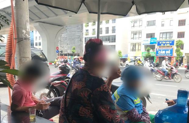 """Vụ nhóm thanh niên đập phá xe sau va chạm giao thông với bà bầu: """"Còn trẻ mà chúng hung hăng quá, có người vào căn ngăn còn bị đuổi đánh"""" - Ảnh 3."""