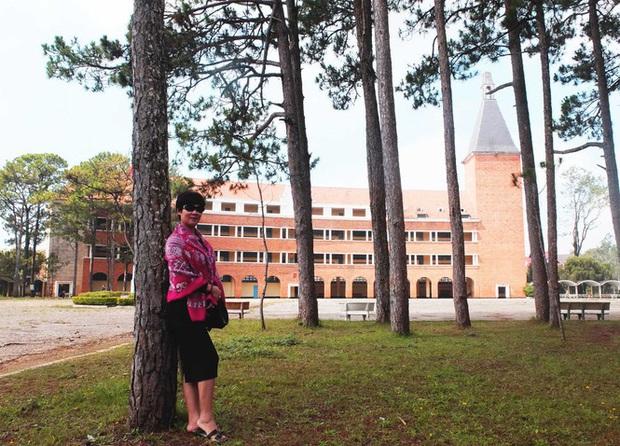 Ngôi trường đẹp bậc nhất Việt Nam có nguy cơ mất tên - Ảnh 1.