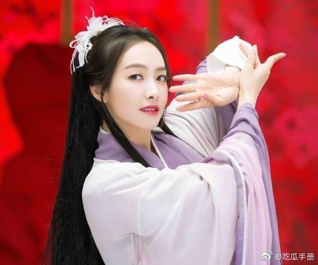 Tống Thiến có tới 4 tạo hình ở phim đóng cùng Vương Nhất Bác, netizen vẫn lắc đầu nhìn không ưng - Ảnh 6.