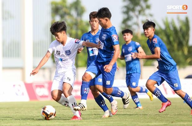 Cầu thủ trẻ Học viện Nutifood-JMG phát triển thể hình rõ rệt sau 5 năm ăn tập với điều kiện tốt nhất - Ảnh 14.