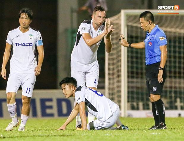 Tại sao HAGL - Hà Nội FC chưa biến thành siêu kinh điển như kỳ vọng dù có nhiều ngôi sao tuyển Việt Nam? - Ảnh 4.