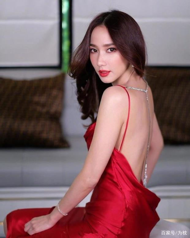 Nữ hoàng xứ Thái Aum Patcharapa: Hớp hồn Mario Maurer, gây sốc với 2 lần kéo quân đánh ghen và cái kết bên CEO gia thế khủng - Ảnh 2.
