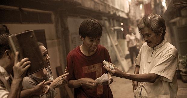 Biến căng: Đối tác truyền thông của Ròm review phim nặng nề không thương tiếc, netizen tranh cãi trung thành khán giả hay thiếu chuyên nghiệp? - Ảnh 3.