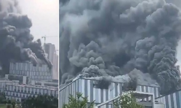 Vụ cháy nhà máy Huawei: Đã có 3 người tử vong  - Ảnh 1.