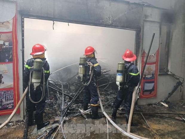 Lạng Sơn: Cháy ki- ốt trung tâm thương mại Đồng Đăng  - Ảnh 1.