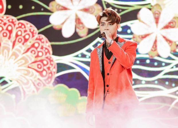 Noo Phước Thịnh hoá thân thành vị Vua, Cara tỏ tình trai lạ, Gil Lê vừa soái vừa deep trong đêm nhạc tháng 9 - Ảnh 4.