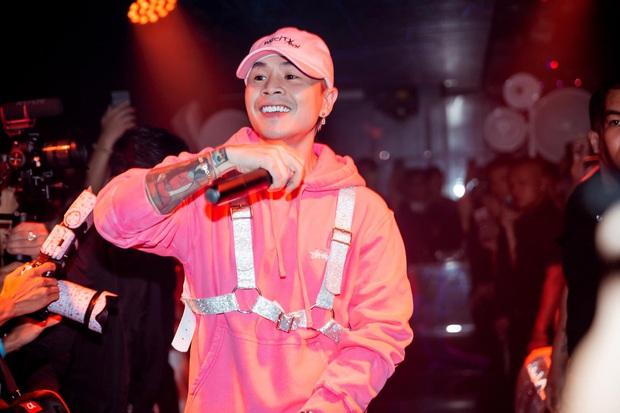 Netizen tranh cãi đoạn clip Binz diễn Bigcityboi trước mặt một bé gái trong quán bar, còn nghi ngờ hát nhép? - Ảnh 6.