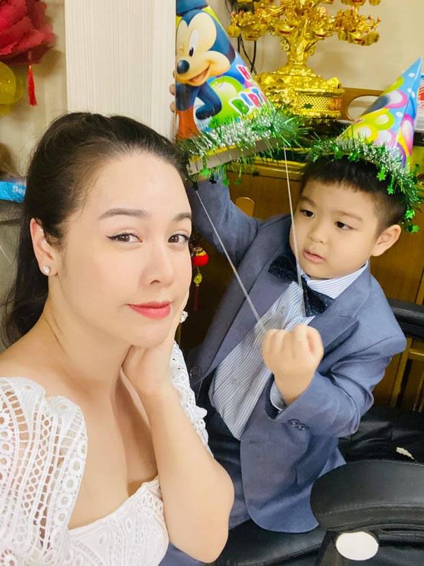Chồng cũ Nhật Kim Anh đăng ảnh sinh nhật con trai, hình ảnh mẹ con nữ ca sĩ bỗng dưng không cánh mà bay - Ảnh 3.