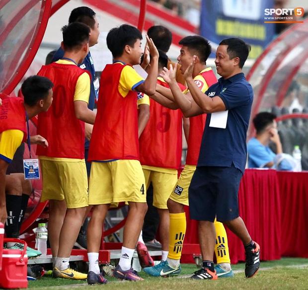 U17 SLNA bá đạo giải U17 Quốc gia với lần thứ 8 lên ngôi vô địch - Ảnh 9.