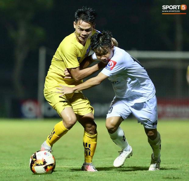 U17 SLNA bá đạo giải U17 Quốc gia với lần thứ 8 lên ngôi vô địch - Ảnh 1.