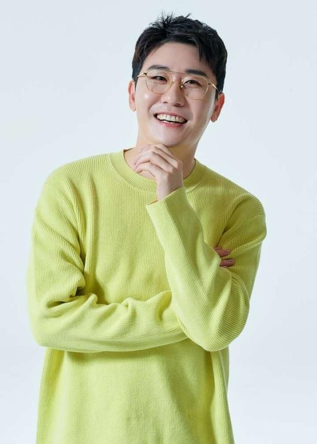 Bất ngờ Top 30 ca sĩ hot nhất xứ Hàn: BLACKPINK mất ngôi vương vì cái tên bất ngờ, BTS ra sao sau 1 tháng gây bão? - Ảnh 7.