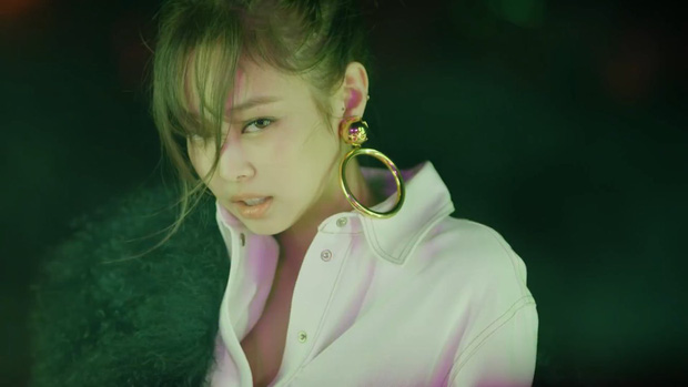 So nhan sắc BLACKPINK trong 32 giây teaser: Hoa hậu Hàn Jisoo vụt sáng, Jennie - Lisa ma mị, Rosé như bị phân biệt đối xử - Ảnh 12.