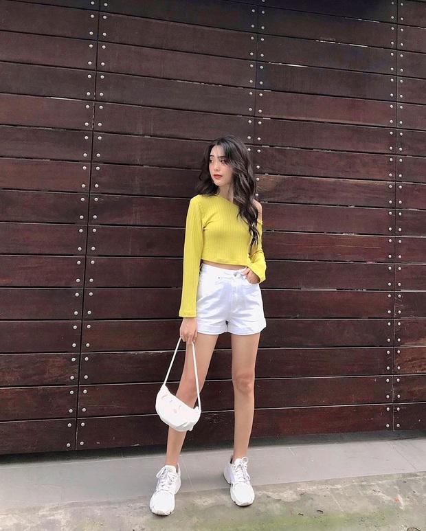 Sắm shorts jeans năng động phối kiểu gì cũng xinh, diện đi chơi vừa thoải mái vừa trendy - Ảnh 11.