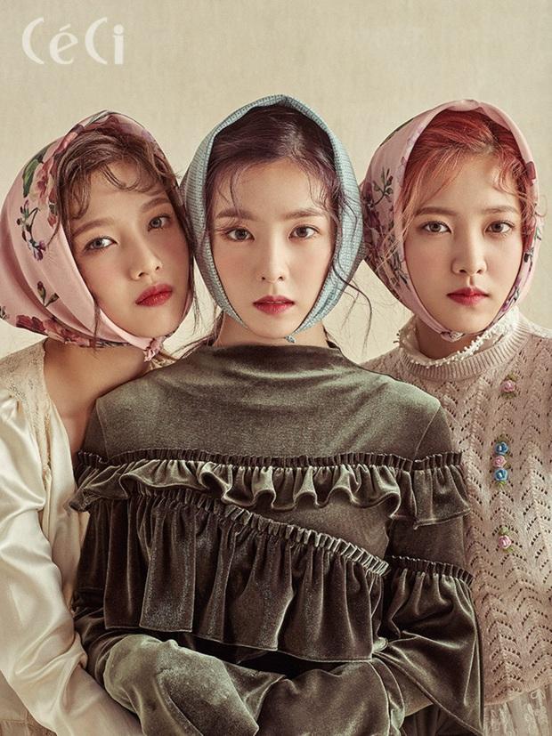 10 tam giác Bermuda nhan sắc đỉnh nhất Kpop: Dàn soái ca BTS được thế giới công nhận, 3 nữ thần SNSD giống đến phát lú - Ảnh 21.