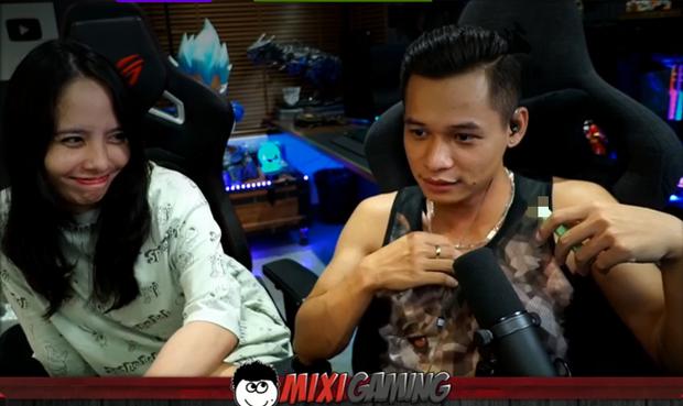 Bà chủ kênh Trang Mixi lên sóng, tiết lộ 1001 chuyện yêu đương sến súa lúc mới yêu của Độ Mixi - Ảnh 1.