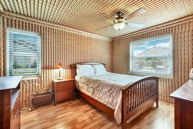 Nhà rao bán với giá 2 tỷ trông không có gì bất thường bên ngoài nhưng khi ngắm nghía nội thất thì sẽ khiến nhiều người phải cân nhắc - Ảnh 3.