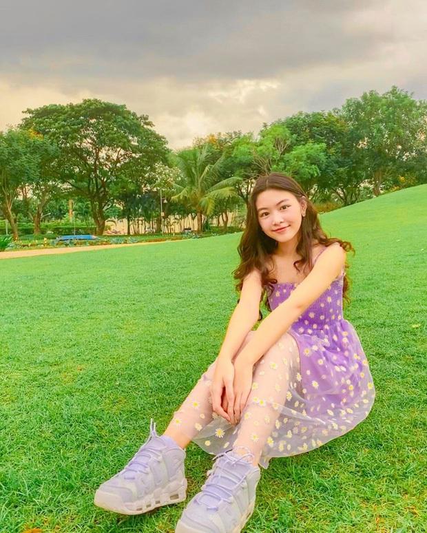 """Lọ Lem nhà MC Quyền Linh khoe clip diện đồng phục thôi mà gây sốt, zoom cận cảnh nhan sắc """"Hoa hậu tương lai"""" - Ảnh 3."""