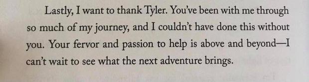 Jessica gửi lời cảm ơn bạn trai đại gia ở cuối cuốn tiểu thuyết gây tranh cãi, fan rần rần nghi idol sắp lên xe hoa - Ảnh 3.