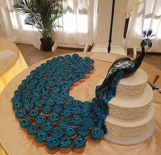 """Mạng xã hội """"bùng nổ"""" trước những chiếc bánh cưới độc lạ nhất hành tinh, bất ngờ hơn cả là phiên bản hoành tráng của nữ hoàng Elizabeth II - Ảnh 29."""