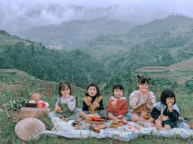 5 bà mẹ chơi thân đưa 5 công chúa nhí đi du lịch mà không cần trợ giúp của các bố, loạt ảnh đáng yêu của các bé khiến CĐM xuýt xoa - Ảnh 3.