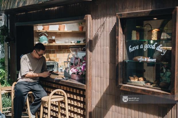 Thêm một quán cafe cực xinh tại Hà Nội, chưa kịp khai trương đã thấy xếp hàng dài chụp ảnh - Ảnh 2.