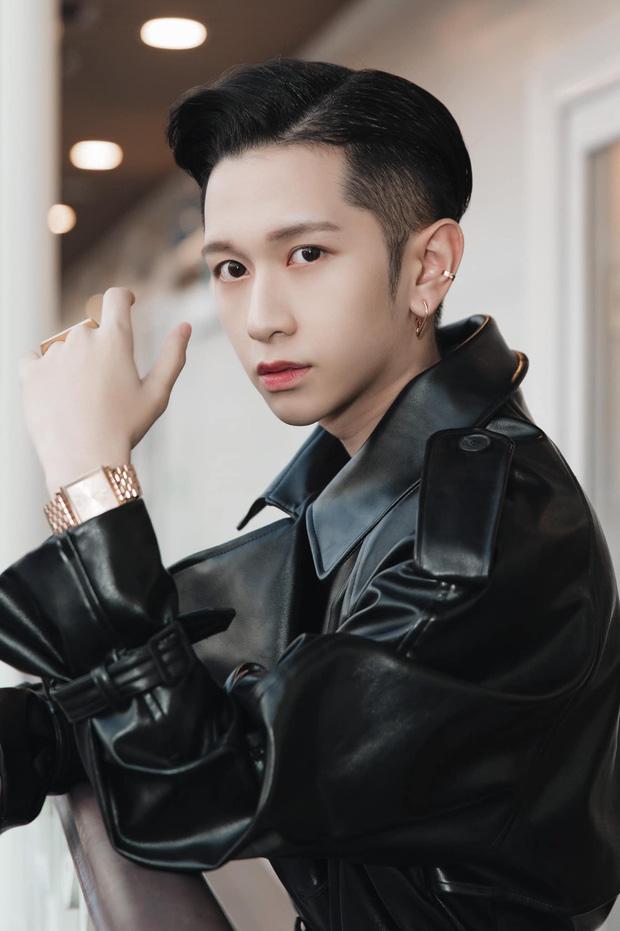 So ảnh bây giờ mới thấy: Tlinh - Hồng Khanh lột xác ngoạn mục so với thời đi thi hát, Quang Quíu hoá hot boy lúc nào không hay - Ảnh 18.