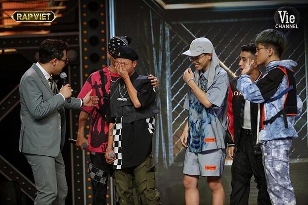Ấn tượng học trò team Suboi bỏ đại học để đi thi Rap Việt, thua ở vòng đối đầu nhưng lội ngược dòng giật tấm vé vớt đầy ngoạn mục! - Ảnh 9.