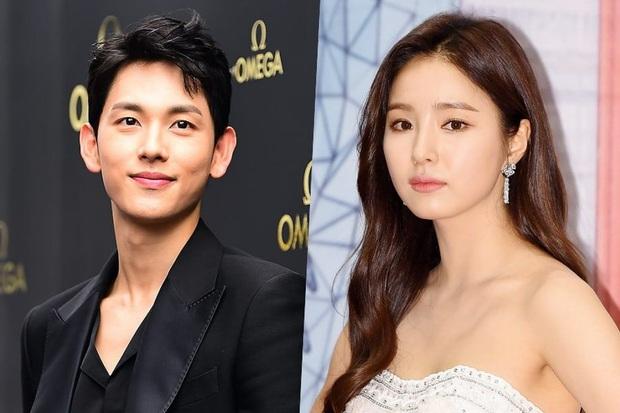 Im Si Wan, Shin Se Kyung đồng loạt tự cách ly, Sooyoung (SNSD) và cả đoàn phim dừng hoạt động vì nhân viên nhiễm COVID-19 - Ảnh 2.