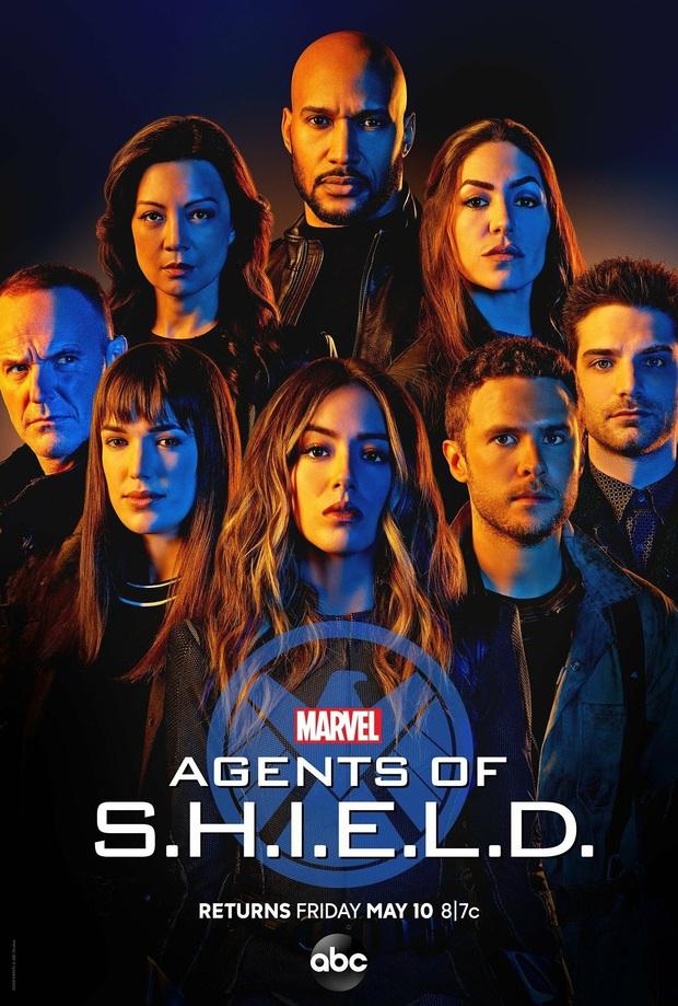 5 nước đi của Marvel làm fan tức anh ách: Bucky hụt nhiệm kì Đội Trưởng Mỹ mới, Nhện nhọ dựa hơi Người Sắt quá nhiều - Ảnh 5.