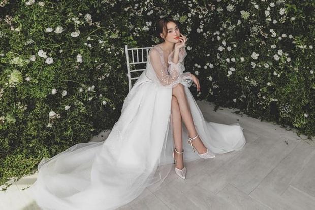 Clip hậu trường hé lộ visual đỉnh cao của Lan Ngọc khi diện váy cưới: Đẹp thế này liệu ai kia có liêu xiêu không nhỉ? - Ảnh 6.