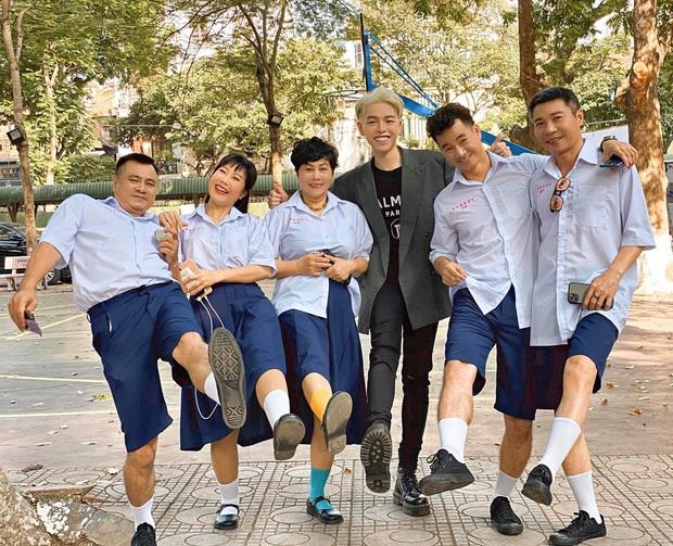 Ra MV bạc tỷ về thời học trò Việt nhưng lại mặc đồng phục Thái Lan, Đức Phúc khiến dân mạng đặt câu hỏi to đùng - Ảnh 5.