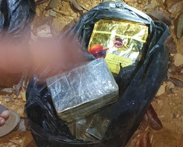 Hành trình vây bắt ổ nhóm mua bán ma túy chôn heroin dưới gốc tiêu - Ảnh 6.
