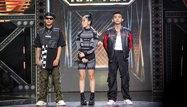 Tlinh gây ấn tượng mạnh ở vòng Đối đầu Rap Việt nhưng lại hát sai lời ca khúc gốc - Ảnh 2.