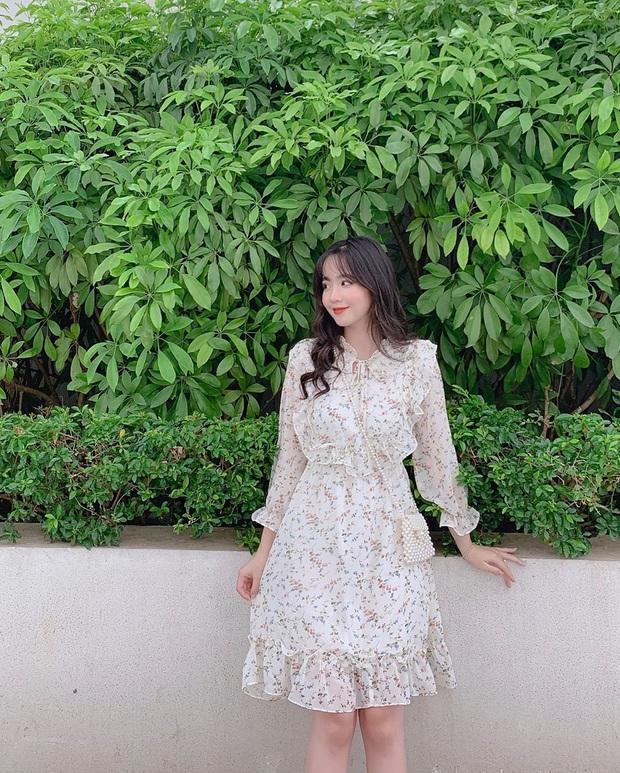 Để mặc đẹp không trượt phát nào thì nhất định phải sắm váy hoa nhí dài tay, diện dịp giao mùa là chuẩn bài - Ảnh 9.