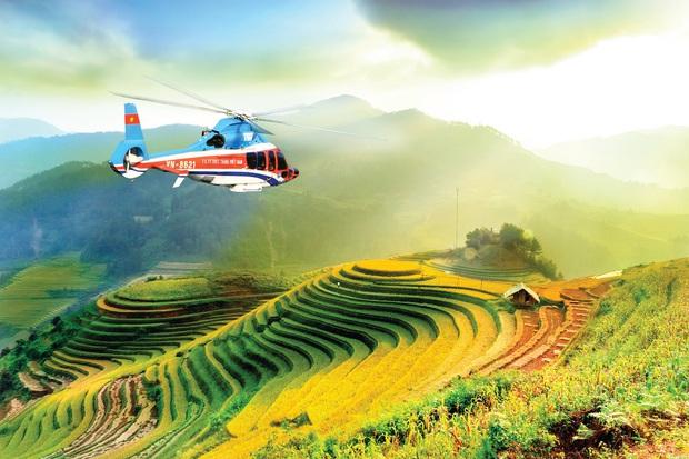 Nữ sinh người H'Mông đầu tiên của Mù Cang Chải được ngắm mùa vàng bằng trực thăng vì thành tích học xuất sắc  - Ảnh 4.