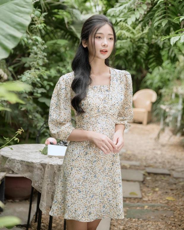 Để mặc đẹp không trượt phát nào thì nhất định phải sắm váy hoa nhí dài tay, diện dịp giao mùa là chuẩn bài - Ảnh 18.