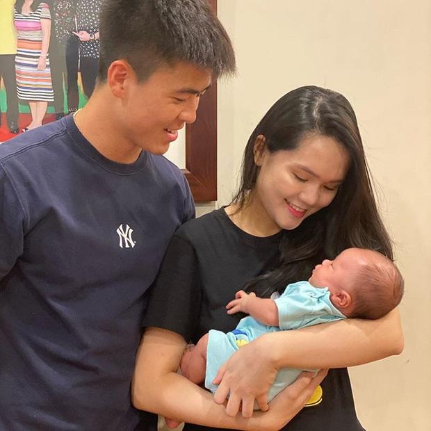 Quỳnh Anh lần đầu đăng ảnh gia đình nhỏ đầy hạnh phúc, Duy Mạnh chỉ nói hai từ đơn giản cũng khiến fan tan chảy vì quá tình tứ  - Ảnh 1.
