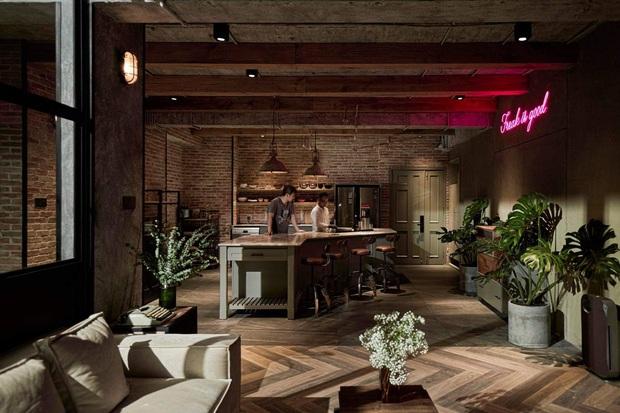 Khởi My - Kelvin Khánh demo penthouse khủng 300m2 như cafe sang chảnh, Cris Phan xin làm... người ở luôn không nói nhiều - Ảnh 8.