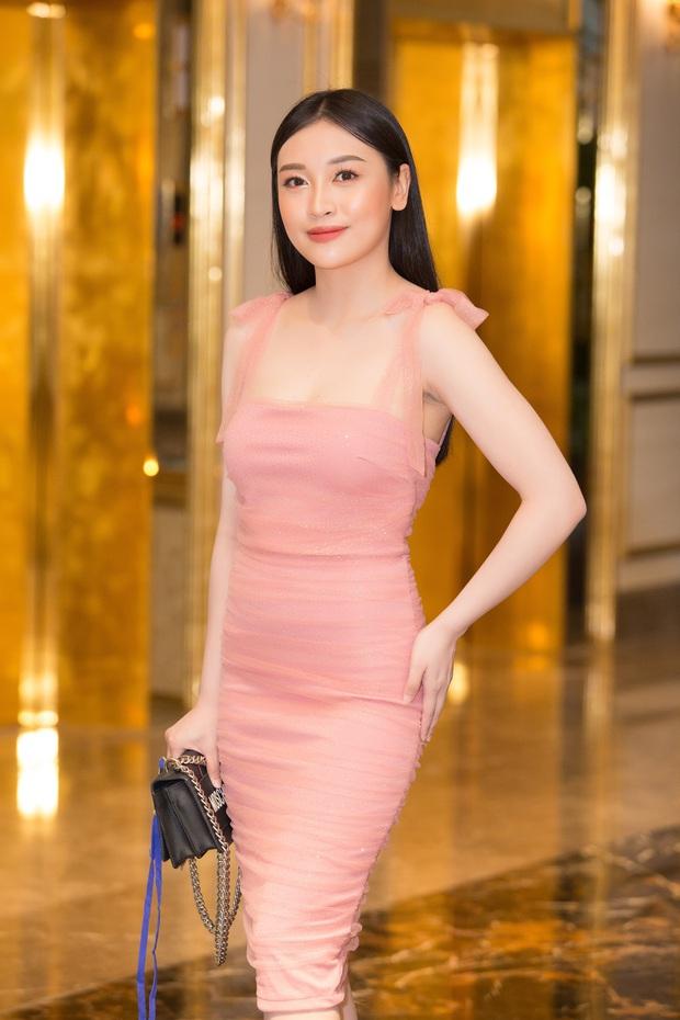 Dàn thí sinh đổ bộ sơ khảo miền Bắc Hoa hậu Việt Nam 2020: Bản sao Châu Bùi nổi bần bật, thí sinh diện váy bánh bèo gây chú ý - Ảnh 23.