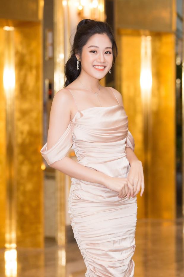 Dàn thí sinh đổ bộ sơ khảo miền Bắc Hoa hậu Việt Nam 2020: Bản sao Châu Bùi nổi bần bật, thí sinh diện váy bánh bèo gây chú ý - Ảnh 20.