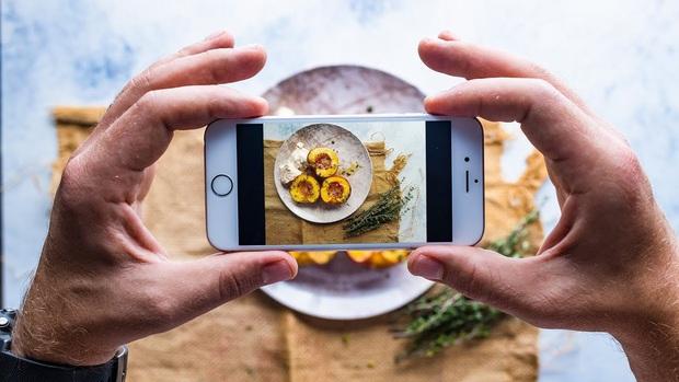 Đại cương chụp ảnh đồ ăn bằng smartphone: Làm sao để chụp đẹp như food blogger chuyên nghiệp? - Ảnh 1.
