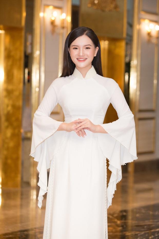Công bố top 30 thí sinh miền Bắc bước vào bán kết Hoa hậu Việt Nam 2020, bản sao Châu Bùi và hotgirl IELTS bất ngờ bị loại? - Ảnh 8.