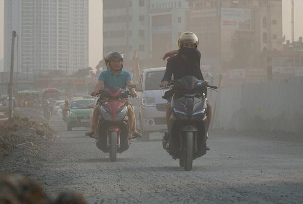 Hà Nội tái ô nhiễm không khí từ sáng nay - Ảnh 2.