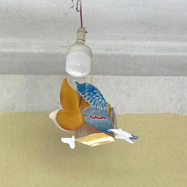 Trung thu của học sinh có gì: Trang trí lớp học lầy lội, sáng tạo lồng đèn chẳng giống ai, xem là không nhịn được cười - Ảnh 1.